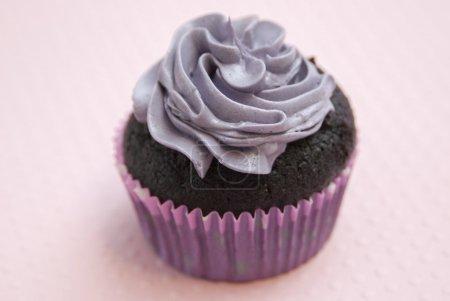 chocolate muffin with cream