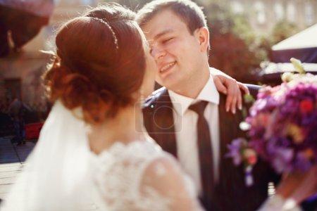 le marié et la mariée romantique