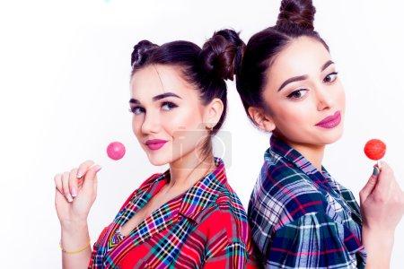 fashion lifestyle portraits two teen girls