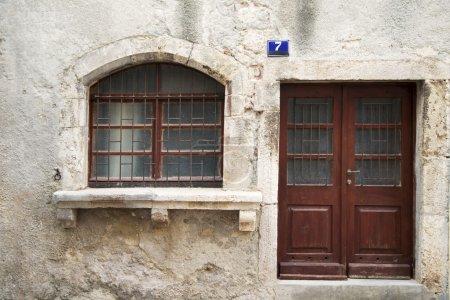 Vintage window venetian style