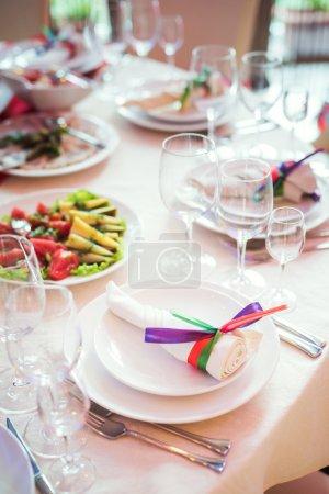 Photo pour Set de table pour mariage ou une autre traiteur dîner et spectacle - image libre de droit