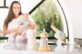 Ruční odsávačka, matky mateřské mléko