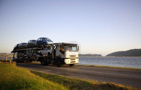 Motor vehicle carrier