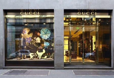 Gucci windows in via Monte