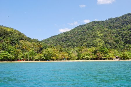 Ilha Grande: Coastline near beach Praia Lopes mendes, Rio de Janeiro state, Brazil