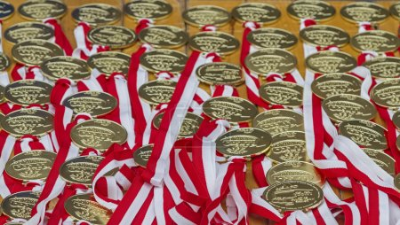many medals