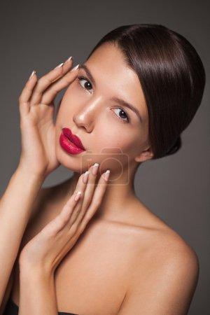 Natural beauty portrait closeup of a young brunette model.