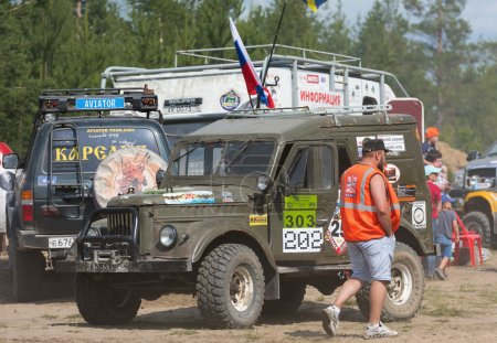 The car before the race. Off-road racing. Girvas 18.07.2015. SUVs, Jeeps, ATVs. Summer, Sand.