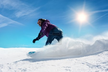 Snowboarder freerider
