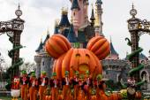 Disneyland Paris during Halloween Celebrations, Mickey Mouse show