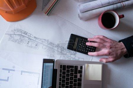 Photo pour Outils pour concevoir une nouvelle maison - image libre de droit