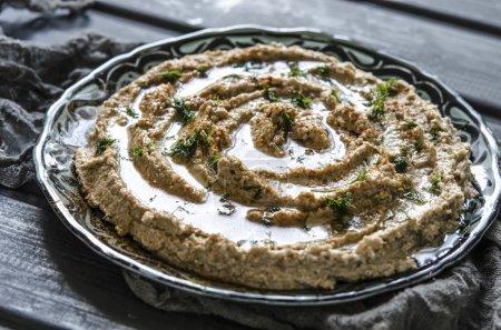 Hummus with zucchini