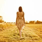 žena odchází