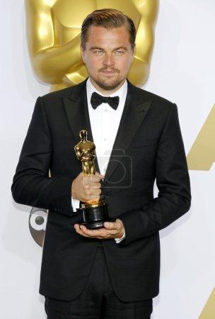 Foto de HOLLYWOOD, CA, USA - FEBRUARY 28, 2016: actor Leonardo DiCaprio at the 88th Annual Academy Awards (the Oscars) - Press Room held at the Loews Hollywood Hotel. - Imagen libre de derechos