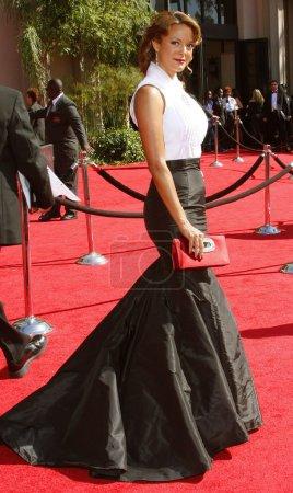 Photo pour LOS ANGELES, CALIFORNIA, États-Unis - 16 septembre 2007 : Eva La Rue assiste à la 59e cérémonie annuelle des Primetime Emmy Awards à l'Auditorium du Sanctuaire - image libre de droit