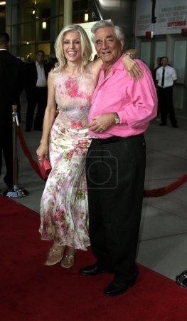 Peter Falk et Shera Danese