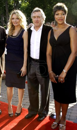 Michelle Pfeiffer and Robert De