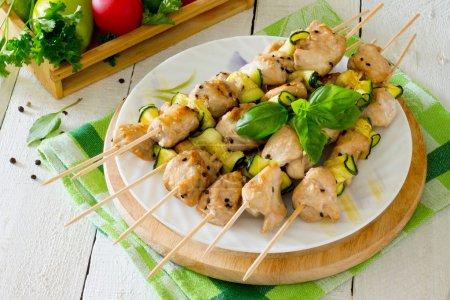 BBQ chicken kebabs with zucchini