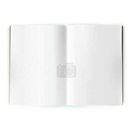 Photo pour Ouvrir le catalogue blanc magazine double page propagation - image libre de droit