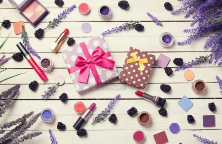 Gift box and cosmetics