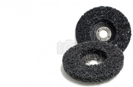 Abrasive discs isolated