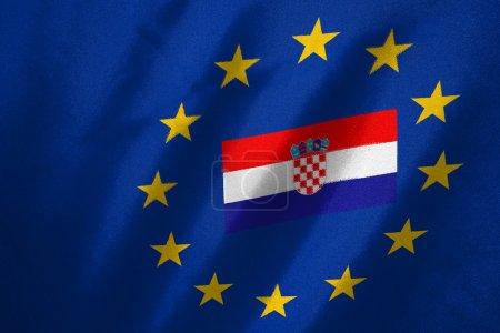 Photo pour Drapeau croate en drapeau de l'UE sur le tissu - image libre de droit