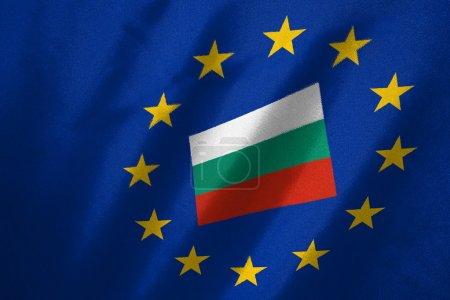Photo pour Drapeau bulgaria dans le drapeau de l'UE sur le tissu - image libre de droit