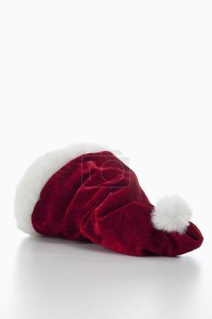 Photo pour Santa claus chapeau sur fond blanc - image libre de droit