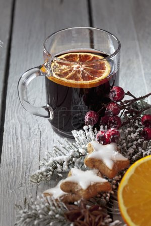Mulled wine with orange slice