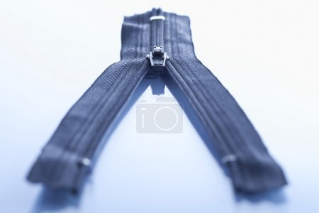 Photo pour Fermeture éclair bleue, gros plan - image libre de droit
