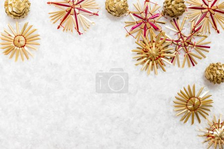 Straw stars in artificial snow