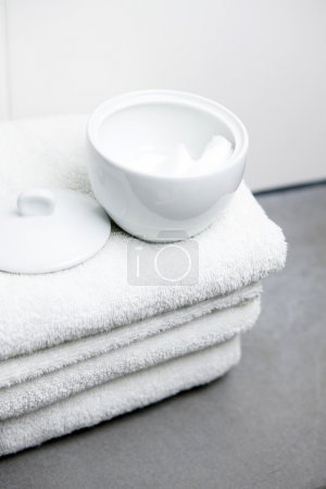 White towels and cotton pads