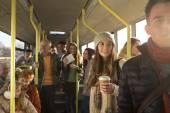 """Постер, картина, фотообои """"Люди на автобусе"""""""