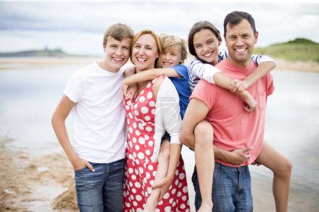 Family picture at the beach