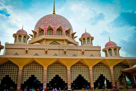 Putra Mosque of Putrajaya, Malaysia