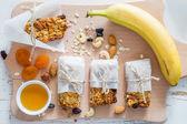Granola bary a ingredience