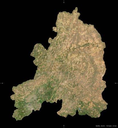 Photo pour Guarda, district du Portugal. Imagerie satellite Sentinel-2. Forme isolée sur noir. Description, emplacement de la capitale. Contient des données modifiées de Copernicus Sentinel - image libre de droit