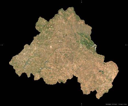 Photo pour Portalegre, district du Portugal. Imagerie satellite Sentinel-2. Forme isolée sur noir. Description, emplacement de la capitale. Contient des données modifiées de Copernicus Sentinel - image libre de droit
