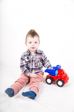 Baby boy pay with car