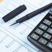 Kalkulačka s finanční čísel a grafů