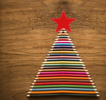Christmas tree made by pencils