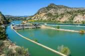 Přehrada na řece Ebro ve Španělsku
