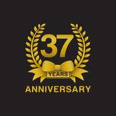 37th anniversary golden wreath logo black background