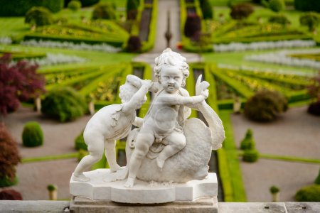 Statues at Drummond Castle and Garden
