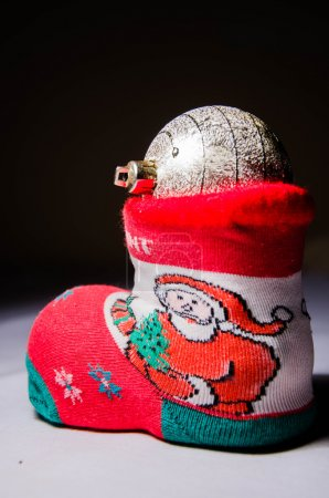 Photo pour Boutique de cadeaux, un cadeau, carte cadeau, boîte cadeau, cadeau gratuit, chèque cadeau, emballage cadeau, boutique de cadeaux, cadeau d'anniversaire, chèque cadeau, générosité, libéralité, munificence, prime, générosité, bienfaisance , - image libre de droit