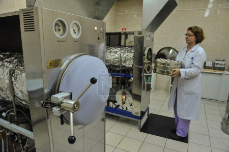 Biochemical laboratory for quality control of food products