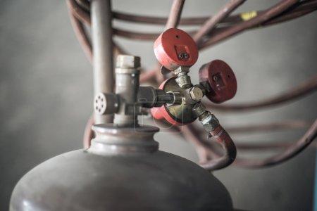 Photo pour Soupape de réservoir de gaz fermer - image libre de droit