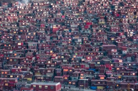 SICHUAN, CHINA - SEP 19 2014: Larung Gar(Larung Five Sciences Buddhist Academy). a famous Lamasery in Seda, Sichuan, China.