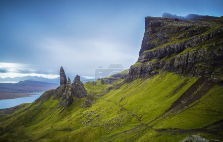 Photo pour L'Old Man of Storr, île de Skye, Ecosse, Royaume-Uni - image libre de droit