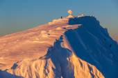 Úžasné sněhové vzory v krásné světle
